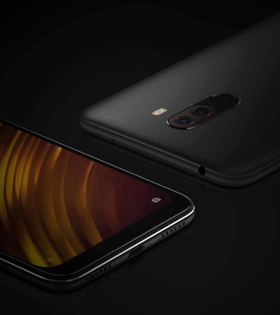 Pocophone F1 okostelefon 6+64GB, grafit-fekete