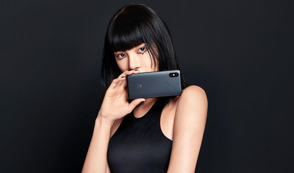Mi 6X okostelefon 6+64GB, fekete