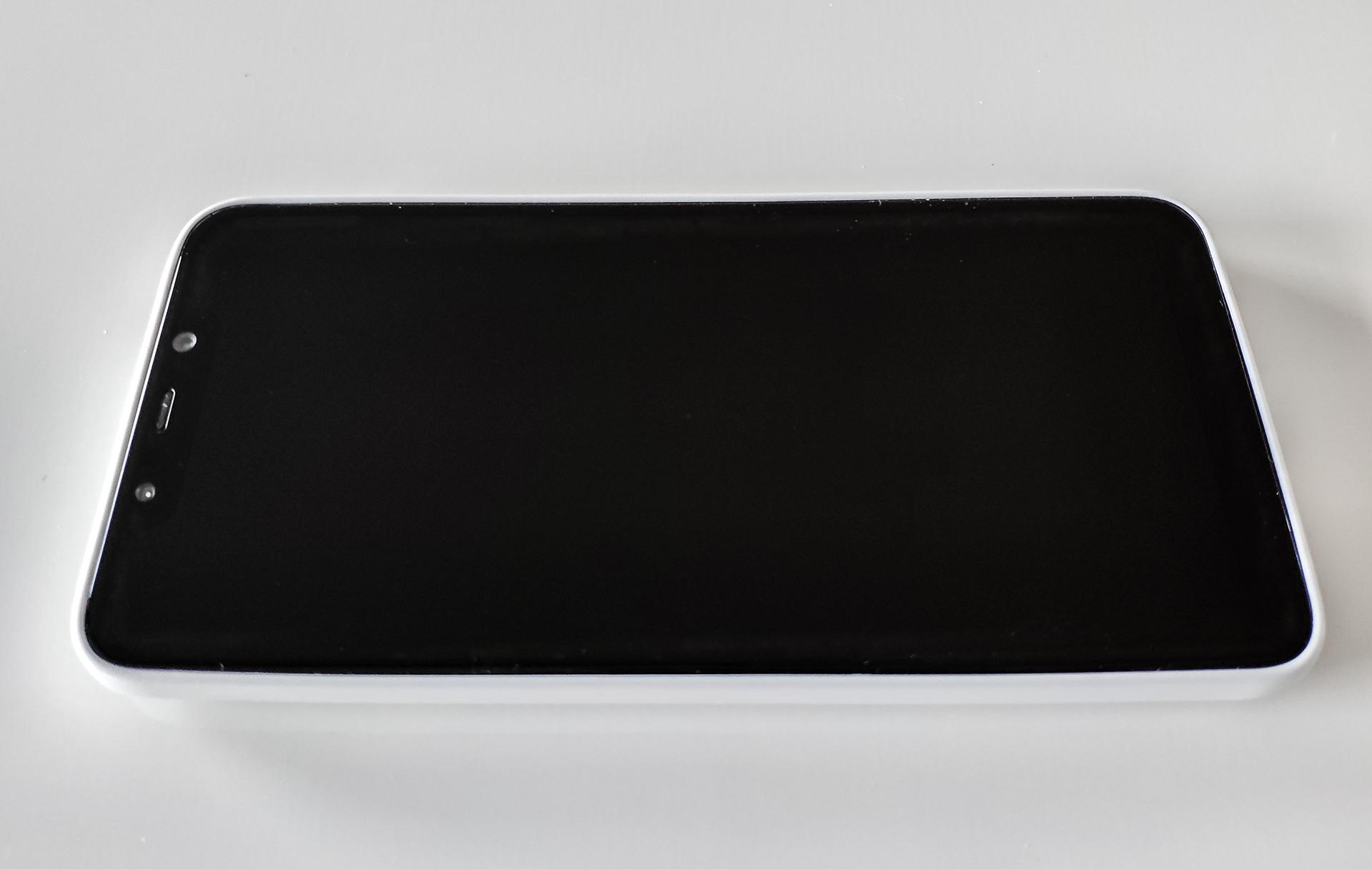 Pocophone F1 szilikon tok (Forcell PRISM), fehér